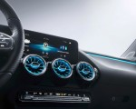 2019 Mercedes-Benz B-Class Central Console Wallpapers 150x120 (47)