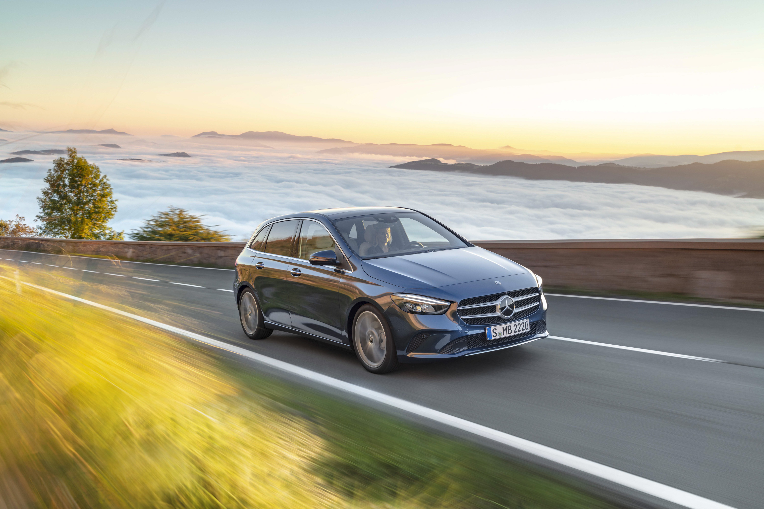 2019 Mercedes-Benz B-Class Front Three-Quarter Wallpapers (6)