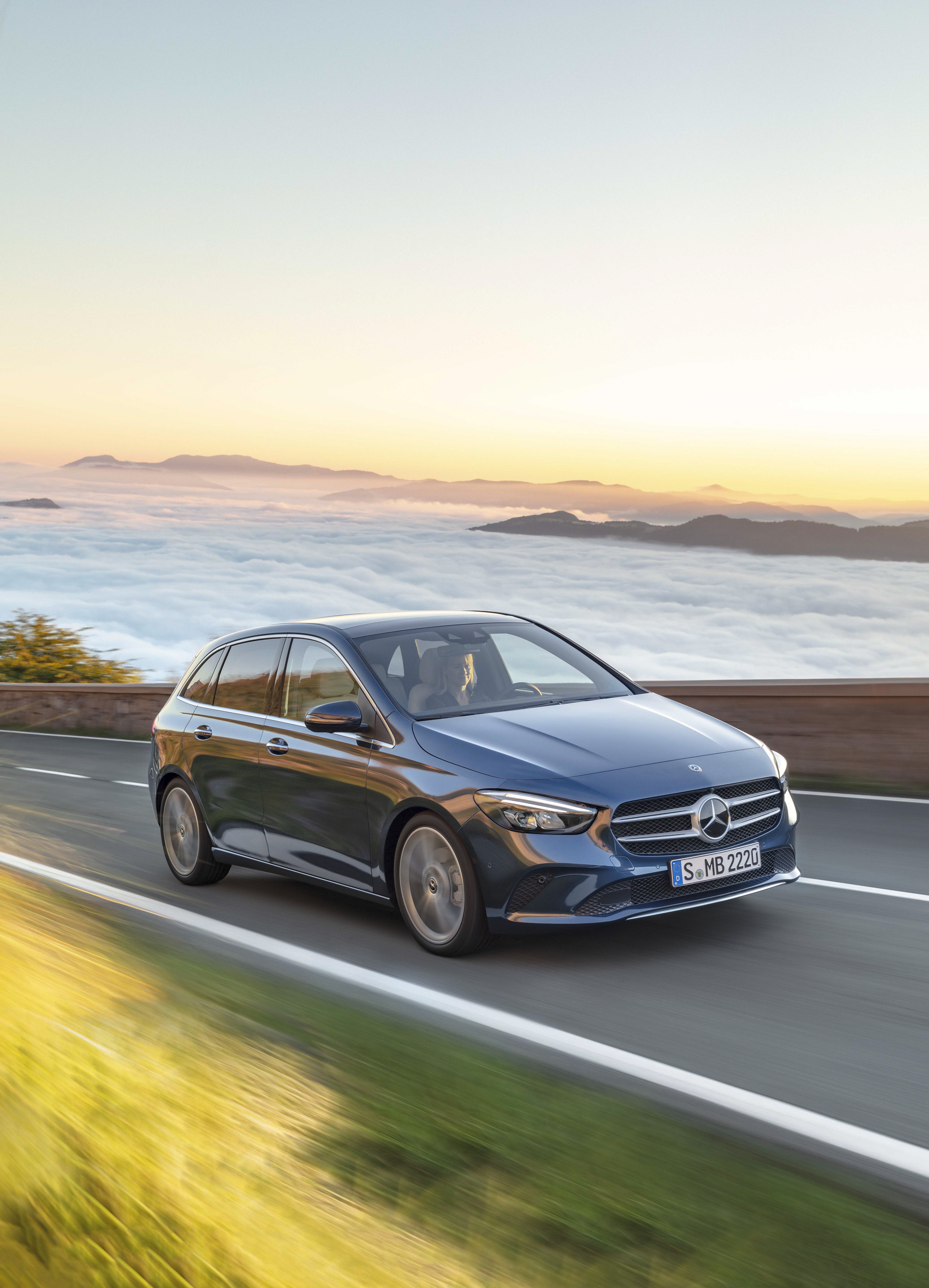 2019 Mercedes-Benz B-Class Front Three-Quarter Wallpapers (5)