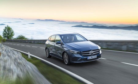 2019 Mercedes-Benz B-Class Wallpapers