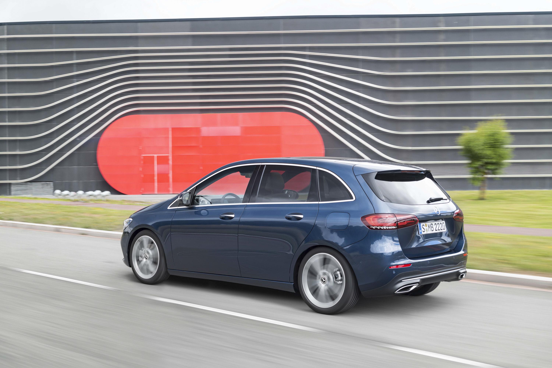 2019 Mercedes-Benz B-Class Rear Three-Quarter Wallpaper (11)