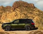 2019 Nissan Pathfinder Rock Creek Edition Side Wallpapers 150x120 (4)