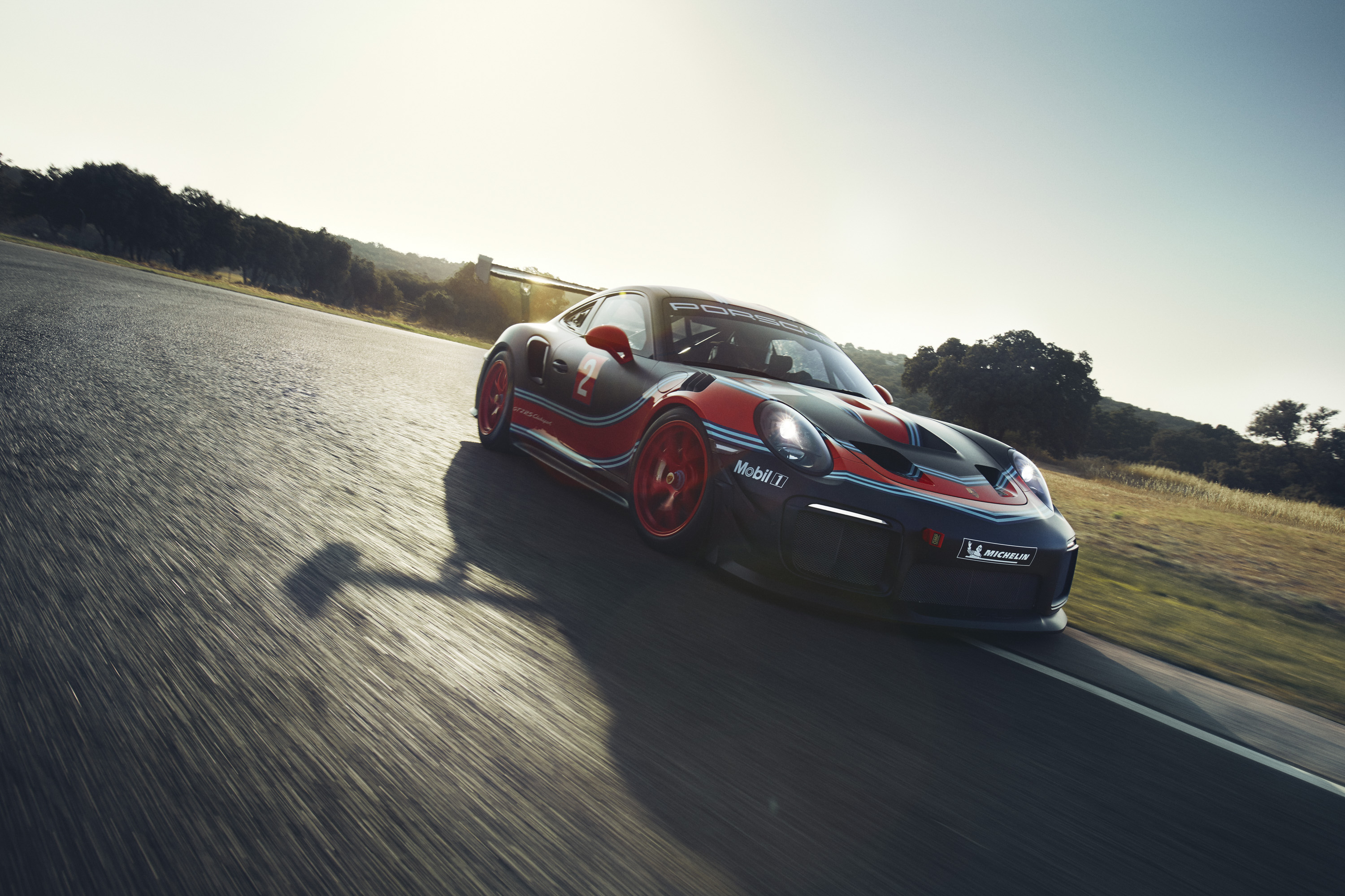 2019 Porsche 911 GT2 RS Clubsport Front Three-Quarter Wallpaper (5)