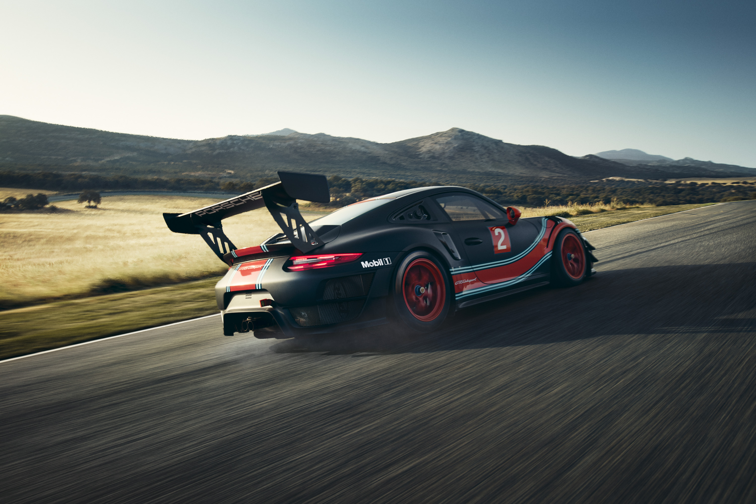 2019 Porsche 911 GT2 RS Clubsport Rear Three-Quarter Wallpaper (7)