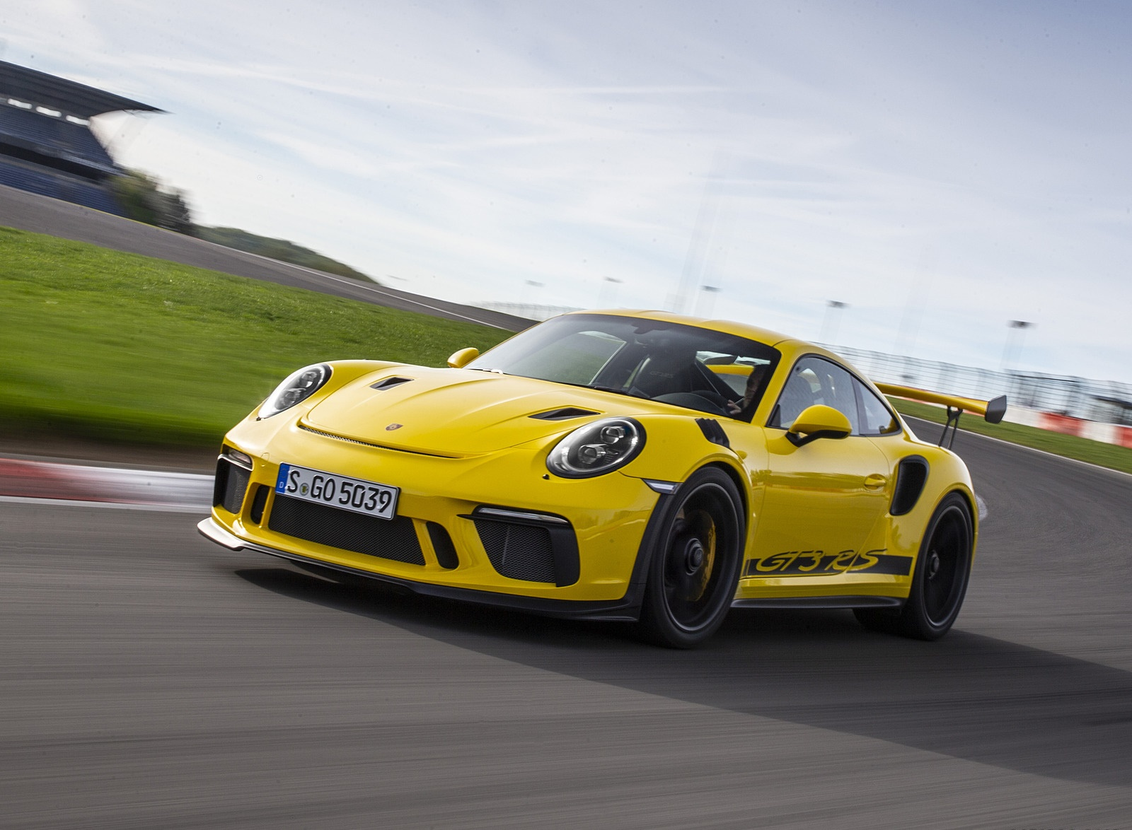 2019 Porsche 911 Gt3 Rs Color Racing Yellow Front Three Quarter Wallpapers 38 Newcarcars