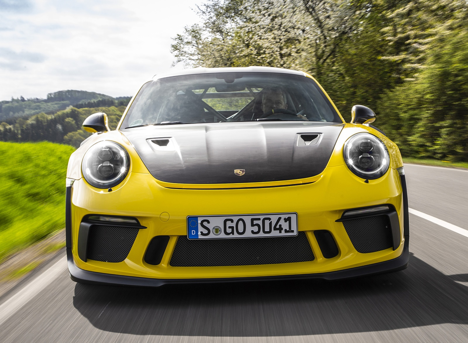 2019 Porsche 911 GT3 RS Weissach Package (Color: Racing Yellow) Front Wallpaper (4)