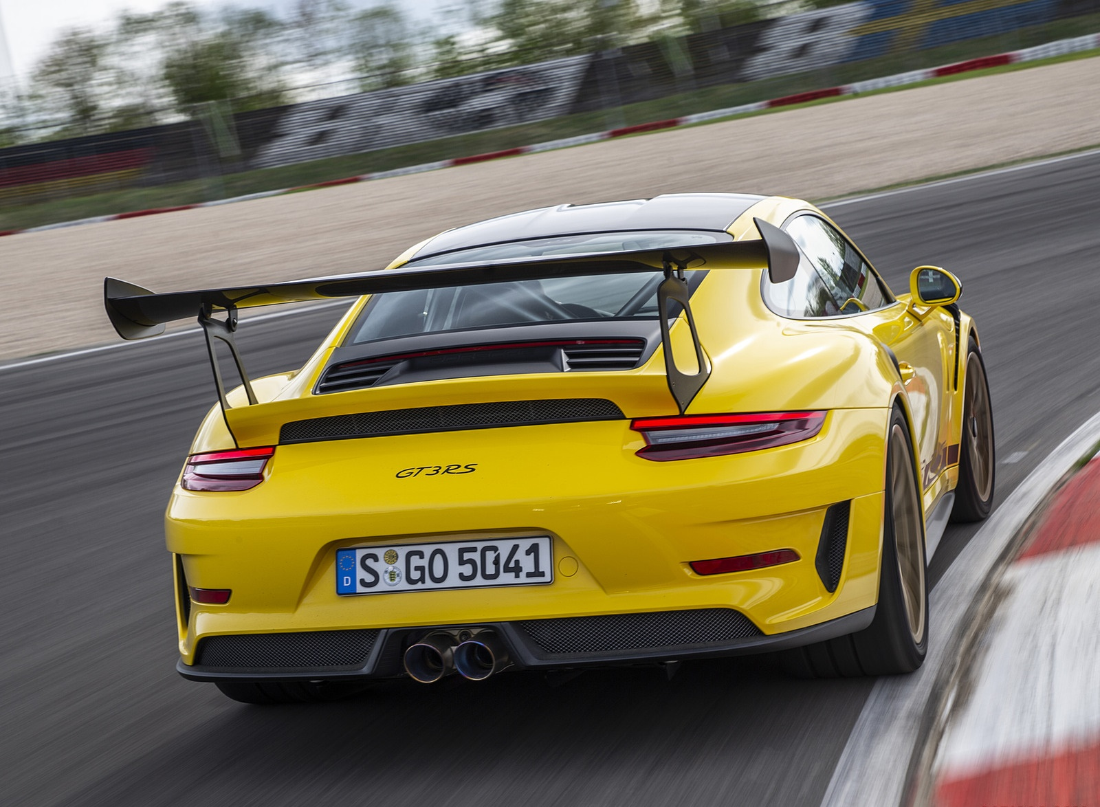 2019 Porsche 911 GT3 RS Weissach Package (Color: Racing Yellow) Rear Wallpaper (8)