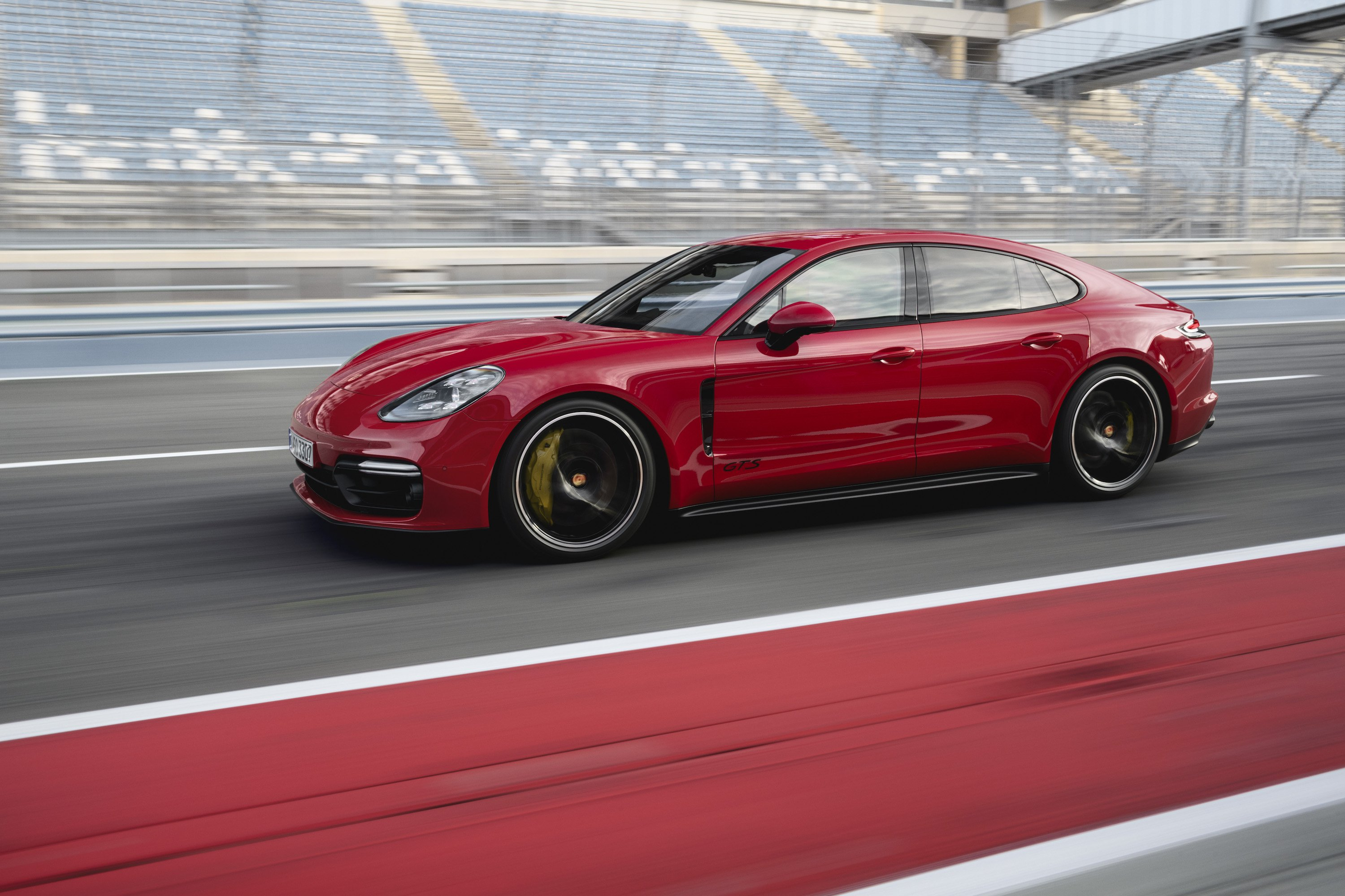2019 Porsche Panamera GTS (Color: Carmine Red) Side Wallpapers (6)