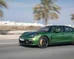 2019 Porsche Panamera GTS (Color: Mamba Green Metallic) Side Wallpapers 150x120 (35)