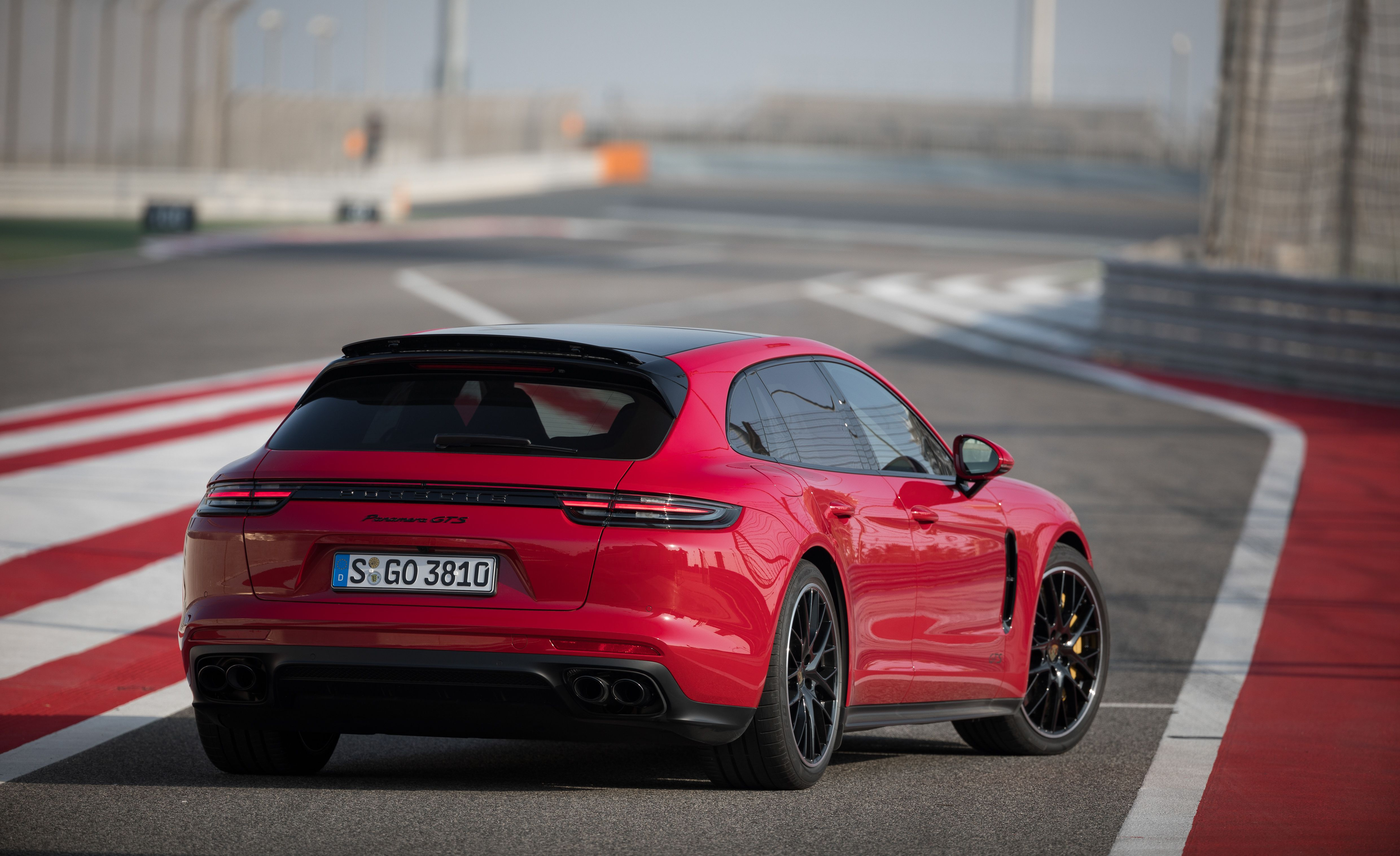 2019 Porsche Panamera GTS Sport Turismo Rear Three-Quarter Wallpapers (9)