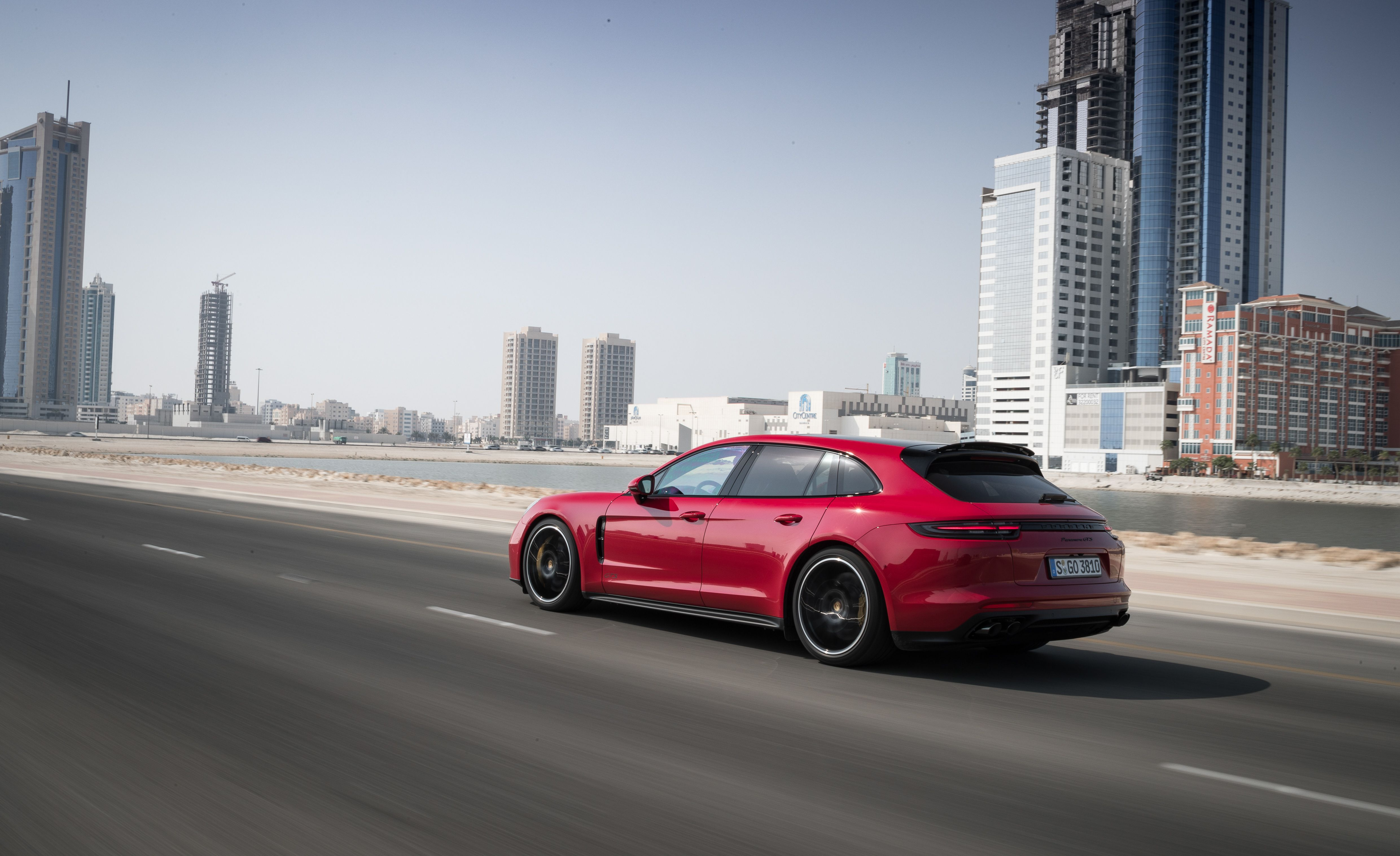 2019 Porsche Panamera GTS Sport Turismo Rear Three-Quarter Wallpapers (5)