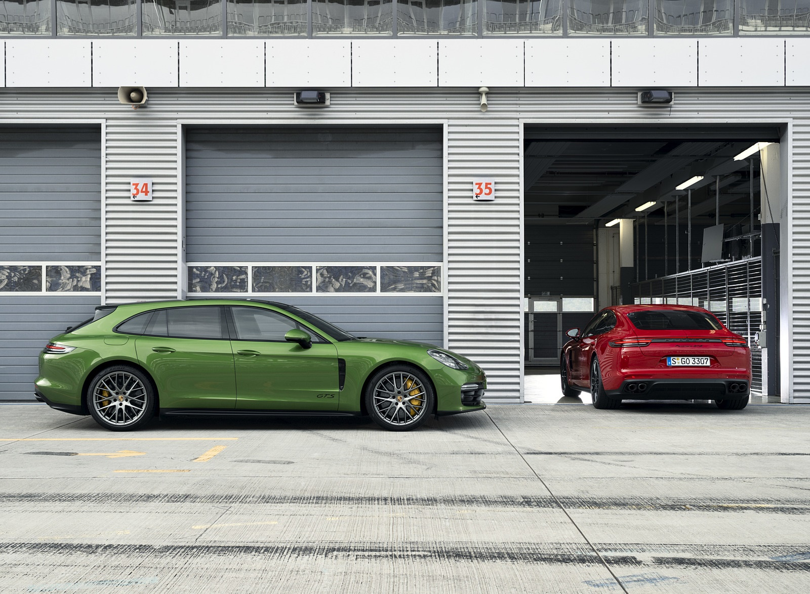 2019 Porsche Panamera GTS and Panamera GTS Sport Turismo Wallpapers (12)