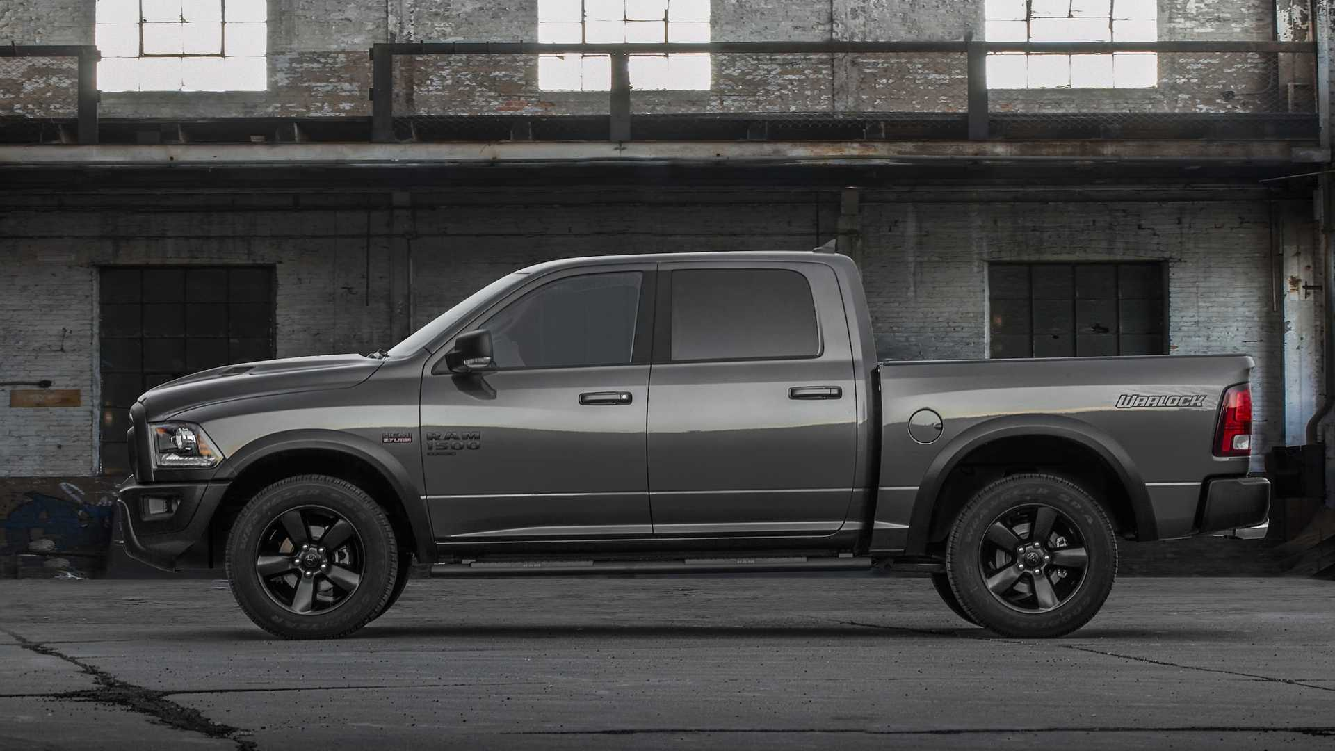 2019 Ram 1500 Classic Warlock Side Wallpapers (6)