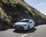2019 Toyota Corolla Hatchback Hybrid 1.8L White Bitone (EU-Spec) Front Three-Quarter Wallpapers 150x120