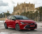 2019 Toyota Corolla Hatchback Hybrid 2.0L Red bitone (EU-Spec) Front Three-Quarter Wallpapers 150x120 (28)