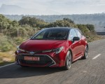 2019 Toyota Corolla Hatchback Hybrid 2.0L Red bitone (EU-Spec) Front Three-Quarter Wallpapers 150x120 (2)
