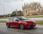 2019 Toyota Corolla Hatchback Hybrid 2.0L Red bitone (EU-Spec) Front Three-Quarter Wallpapers 150x120