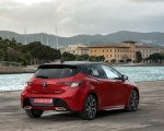 2019 Toyota Corolla Hatchback Hybrid 2.0L Red bitone (EU-Spec) Rear Three-Quarter Wallpapers 150x120 (32)