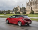 2019 Toyota Corolla Hatchback Hybrid 2.0L Red bitone (EU-Spec) Rear Three-Quarter Wallpapers 150x120 (22)