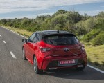 2019 Toyota Corolla Hatchback Hybrid 2.0L Red bitone (EU-Spec) Rear Wallpapers 150x120 (6)
