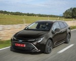 2019 Toyota Corolla Touring Sports 2.0L Brown (EU-Spec) Front Three-Quarter Wallpapers 150x120 (13)