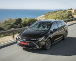 2019 Toyota Corolla Touring Sports 2.0L Brown (EU-Spec) Front Three-Quarter Wallpapers 150x120 (1)
