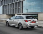 2019 Toyota Corolla Touring Sports Hybrid 1.8L Platinum (EU-Spec) Rear Three-Quarter Wallpapers 150x120 (36)