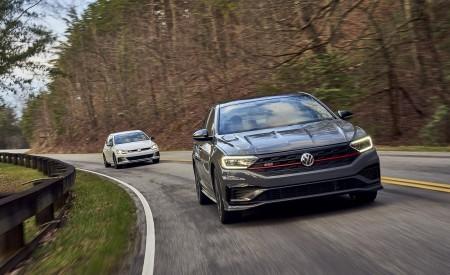 2019 Volkswagen Jetta GLI 35th Anniversary Edition Front Wallpapers 450x275 (48)