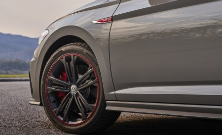 2019 Volkswagen Jetta GLI 35th Anniversary Edition Wheel Wallpapers 450x275 (64)