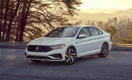 2019 Volkswagen Jetta GLI Autobahn Front Three-Quarter Wallpapers 450x275 (80)