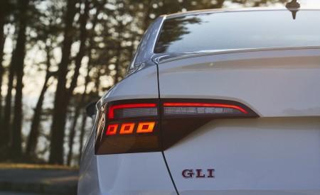 2019 Volkswagen Jetta GLI Autobahn Tail Light Wallpapers 450x275 (87)