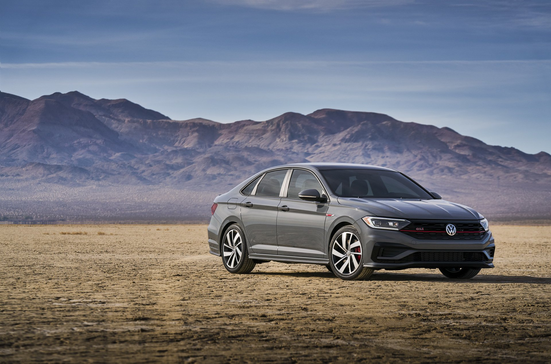 2019 Volkswagen Jetta GLI Front Three-Quarter Wallpapers (8)
