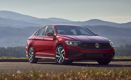 2019 Volkswagen Jetta GLI S Front Three-Quarter Wallpapers 450x275 (34)
