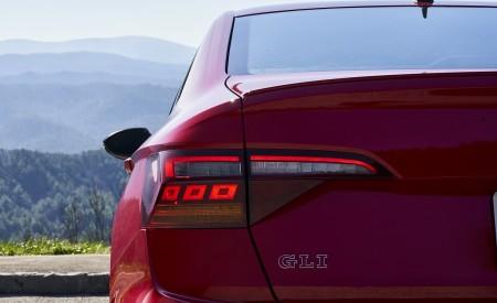 2019 Volkswagen Jetta GLI S Tail Light Wallpapers 450x275 (41)