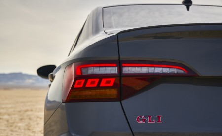 2019 Volkswagen Jetta GLI Tail Light Wallpaper 450x275 (16)