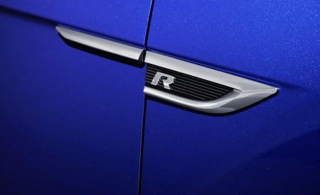2019 Volkswagen T-Roc R Badge Wallpapers 450x275 (161)