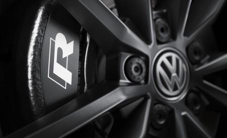 2019 Volkswagen T-Roc R Brakes Wallpapers 450x275 (160)