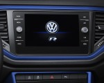 2019 Volkswagen T-Roc R Central Console Wallpaper 150x120 (26)