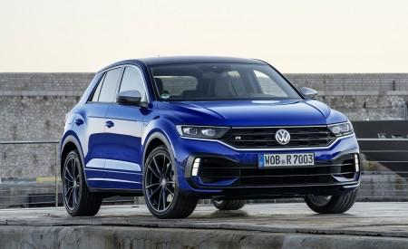 2019 Volkswagen T-Roc R Front Three-Quarter Wallpapers 450x275 (135)