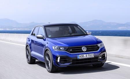 2019 Volkswagen T-Roc R Front Three-Quarter Wallpapers 450x275 (121)