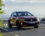 2019 Volkswagen T-Roc R Front Three-Quarter Wallpapers 150x120 (42)