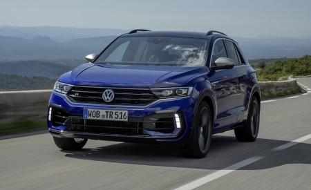 2019 Volkswagen T-Roc R Front Three-Quarter Wallpapers 450x275 (3)