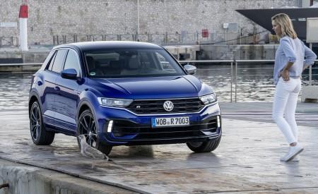 2019 Volkswagen T-Roc R Front Three-Quarter Wallpapers 450x275 (136)