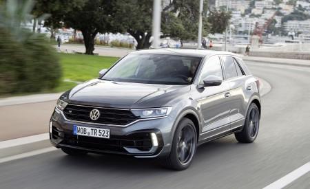 2019 Volkswagen T-Roc R Front Three-Quarter Wallpapers 450x275 (96)