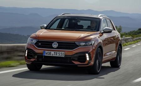 2019 Volkswagen T-Roc R Front Three-Quarter Wallpapers 450x275 (56)