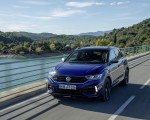 2019 Volkswagen T-Roc R Front Three-Quarter Wallpapers 150x120 (4)
