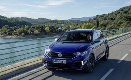 2019 Volkswagen T-Roc R Front Three-Quarter Wallpapers 450x275 (4)