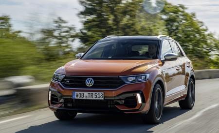 2019 Volkswagen T-Roc R Front Three-Quarter Wallpapers 450x275 (57)