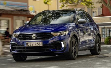 2019 Volkswagen T-Roc R Front Three-Quarter Wallpapers 450x275 (26)
