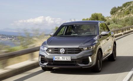 2019 Volkswagen T-Roc R Front Three-Quarter Wallpapers 450x275 (99)